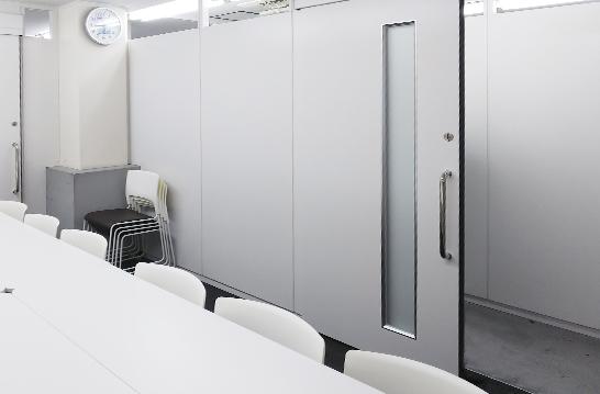スチールパーテーション工事 遮音性に優れているため会議室や役員室向け