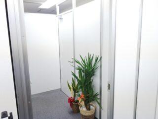 東京都新宿区 オフィス工事 パーテーション工事